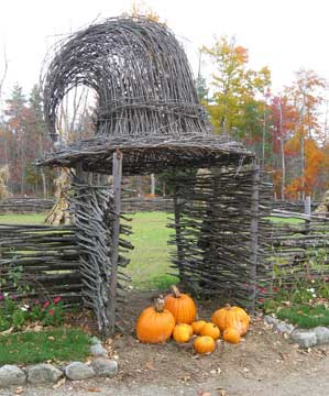 witch hat arbor and pumpkins in new hampshire - Halloween New Hampshire