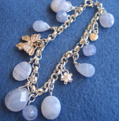 Charm bracelet with chalcedony gemstones