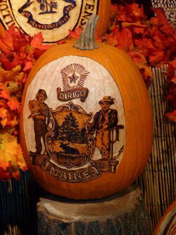Pumpkin carving of Maine state seal