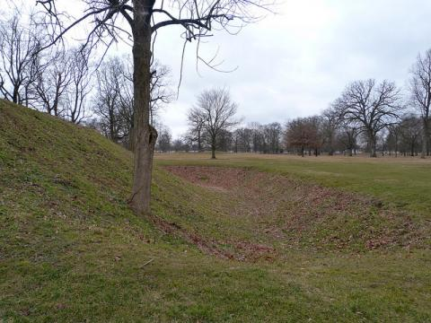 Great Circle earthworks