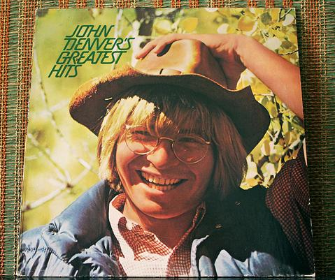 John Denver Greatest Hits album cover