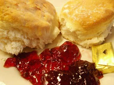 Southern biscuits and jelly