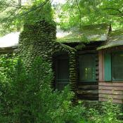 Cottage in woods of Tennessee